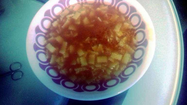 Leves, eperlevél tésztával (vagy rizzsel)
